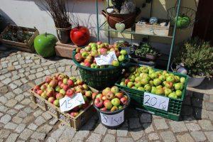 Wie schwer ist eine Kiste voll Äpfel?